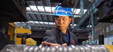 杨延:钢坯多线切分中国第一人