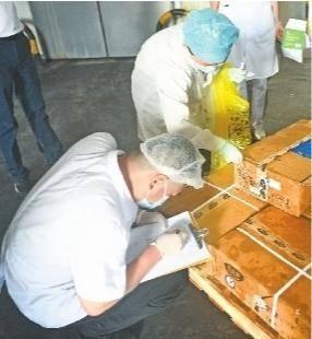 武汉对冷链食品实行检测全覆盖 狠抓常态化疫情防控